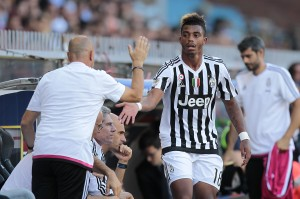 GENOA, ITALY - SEPTEMBER 20: Mario Lemina of Juventus FC gestures during the Serie A match between Genoa CFC and Juventus FC at Stadio Luigi Ferraris on September 20, 2015 in Genoa, Italy.  (Photo by Gabriele Maltinti/Getty Images)